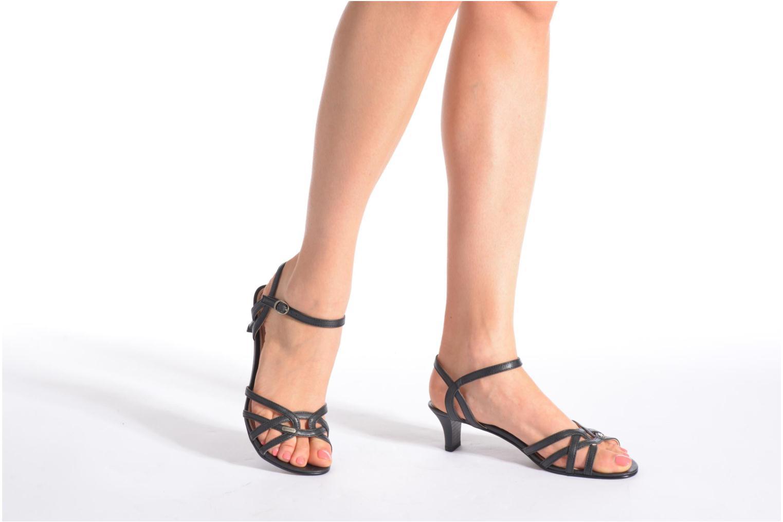 Sandalen Esprit Birkin Sandal rot ansicht von unten / tasche getragen