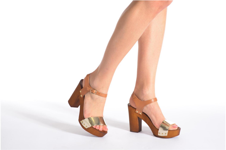 Sandalen Made by SARENZA Discow Girl #8 braun ansicht von unten / tasche getragen
