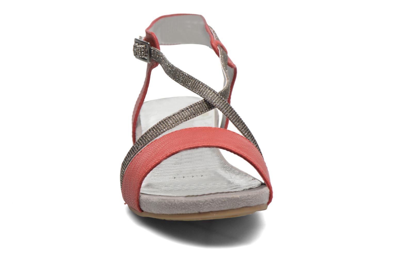 Sandales et nu-pieds Madison Emax Rouge vue portées chaussures