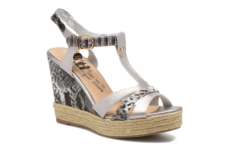 Sandales et nu-pieds Xti Bella 45058 Argent vue détail/paire