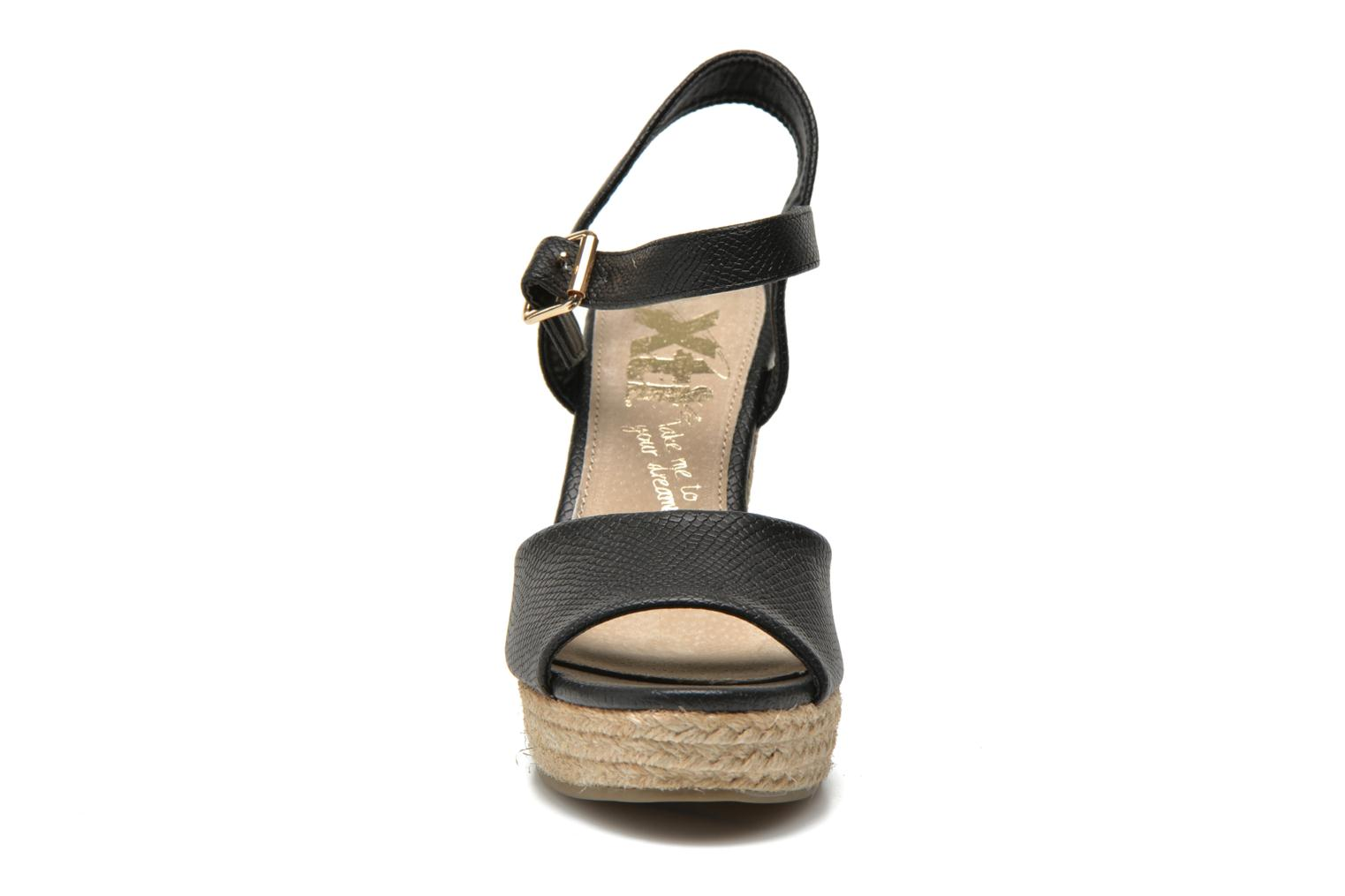 Sandals Xti Hobby 45855 Black model view
