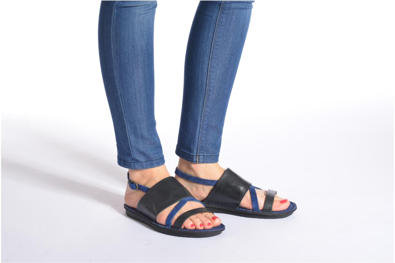Sandales et nu-pieds Kickers Wawa Bleu vue bas / vue portée sac