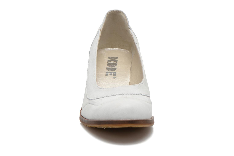Escarpins Dkode Valdis Blanc vue portées chaussures