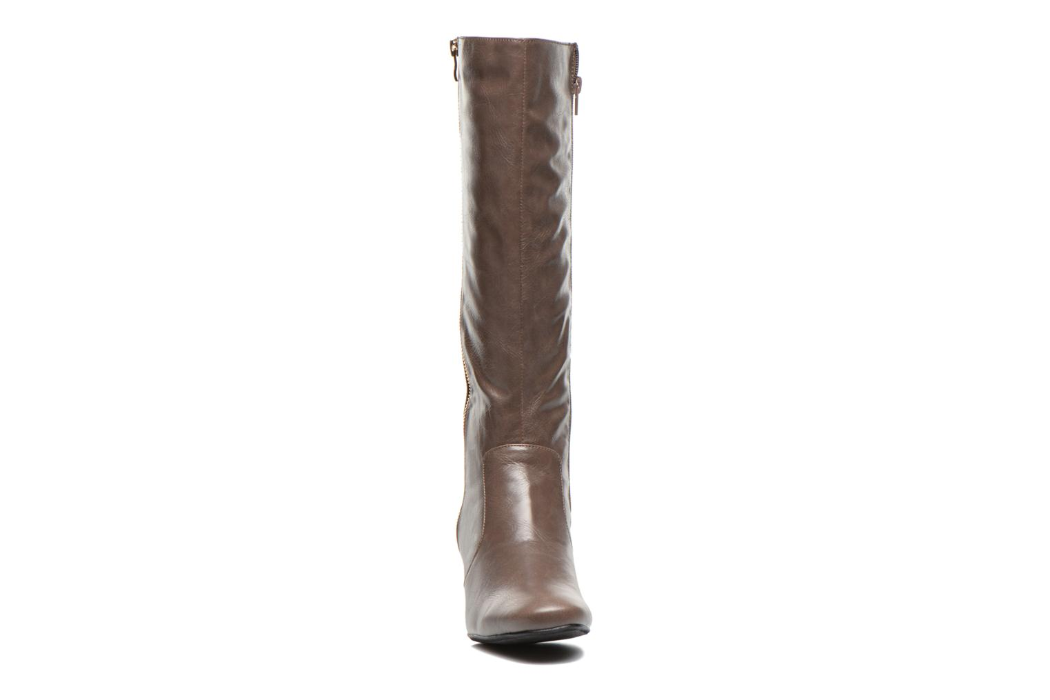 Boots & wellies Enza Nucci Clara Brown model view