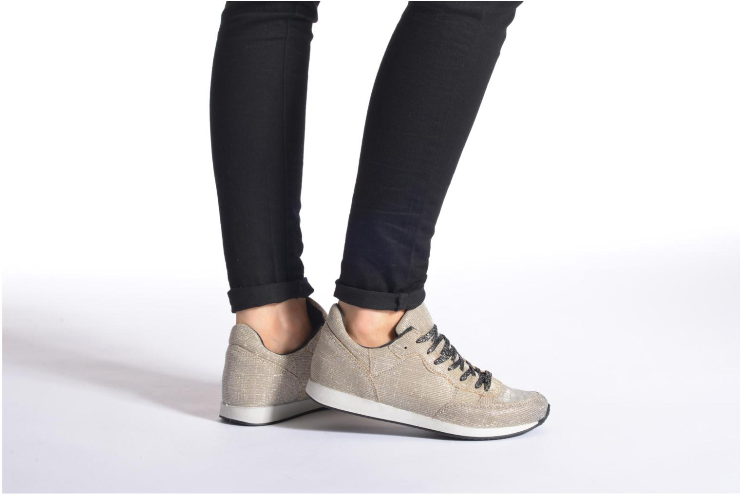 Trainers Ippon Vintage Run silver Grey view from underneath / model view
