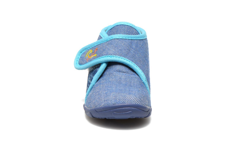 Hausschuhe GBB Maverick blau schuhe getragen