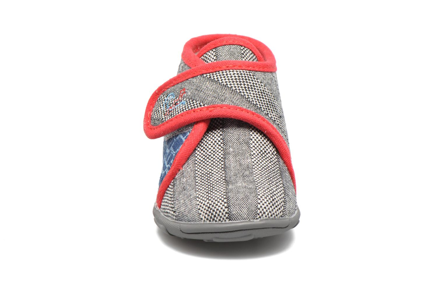 Slippers GBB Maverick Grey model view