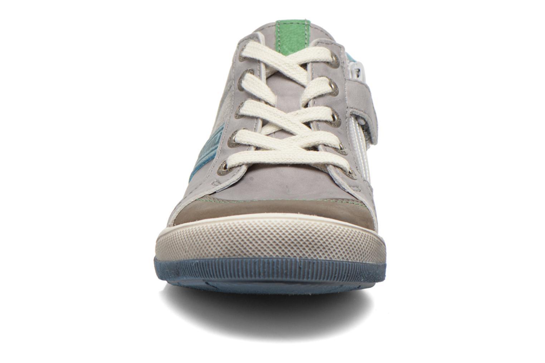 Sneaker GBB Marc grau schuhe getragen