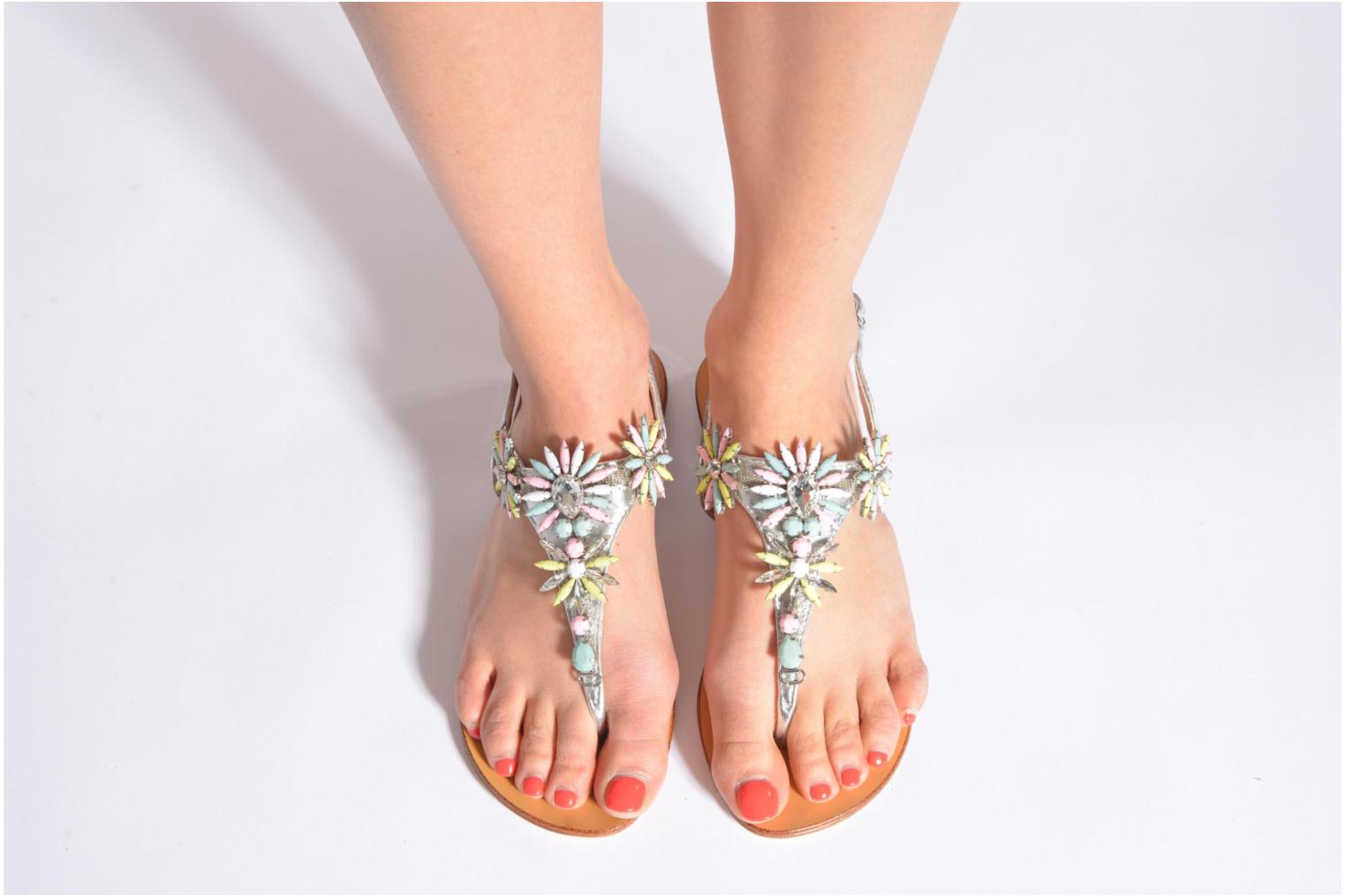 Sandals COSMOPARIS Hirly/Met Silver view from underneath / model view