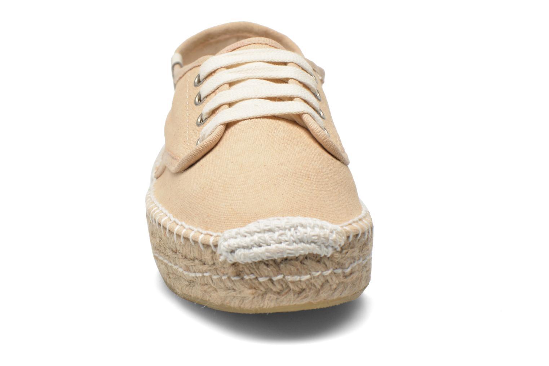Chaussures à lacets Coolway Juttie Beige vue portées chaussures