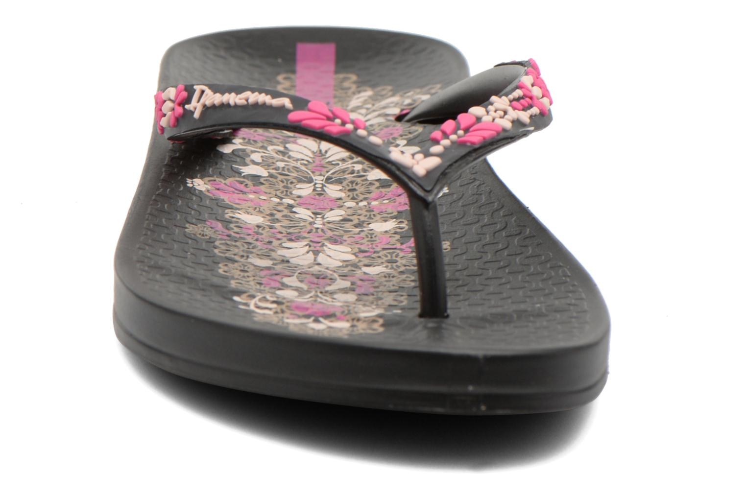 Tongs Ipanema Anatomic Lovely II Multicolore vue portées chaussures