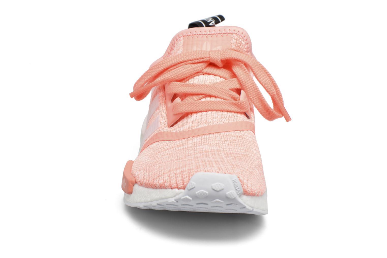 Sneakers Adidas Originals Nmd_R1 W Arancione modello indossato