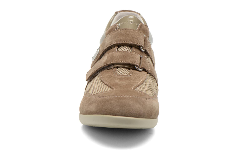 Sneaker Stonefly Venus II 60 beige schuhe getragen