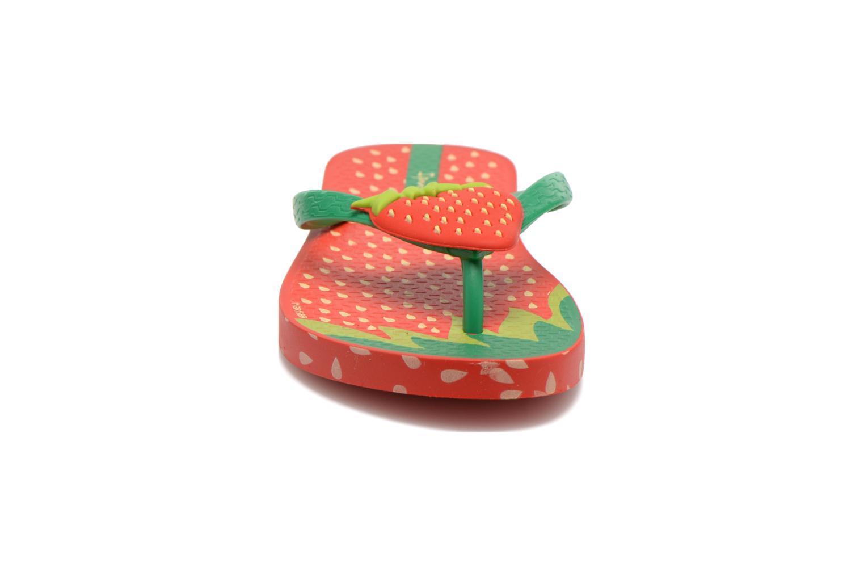 Tongs Ipanema Tutti Frutti Kids Rouge vue portées chaussures