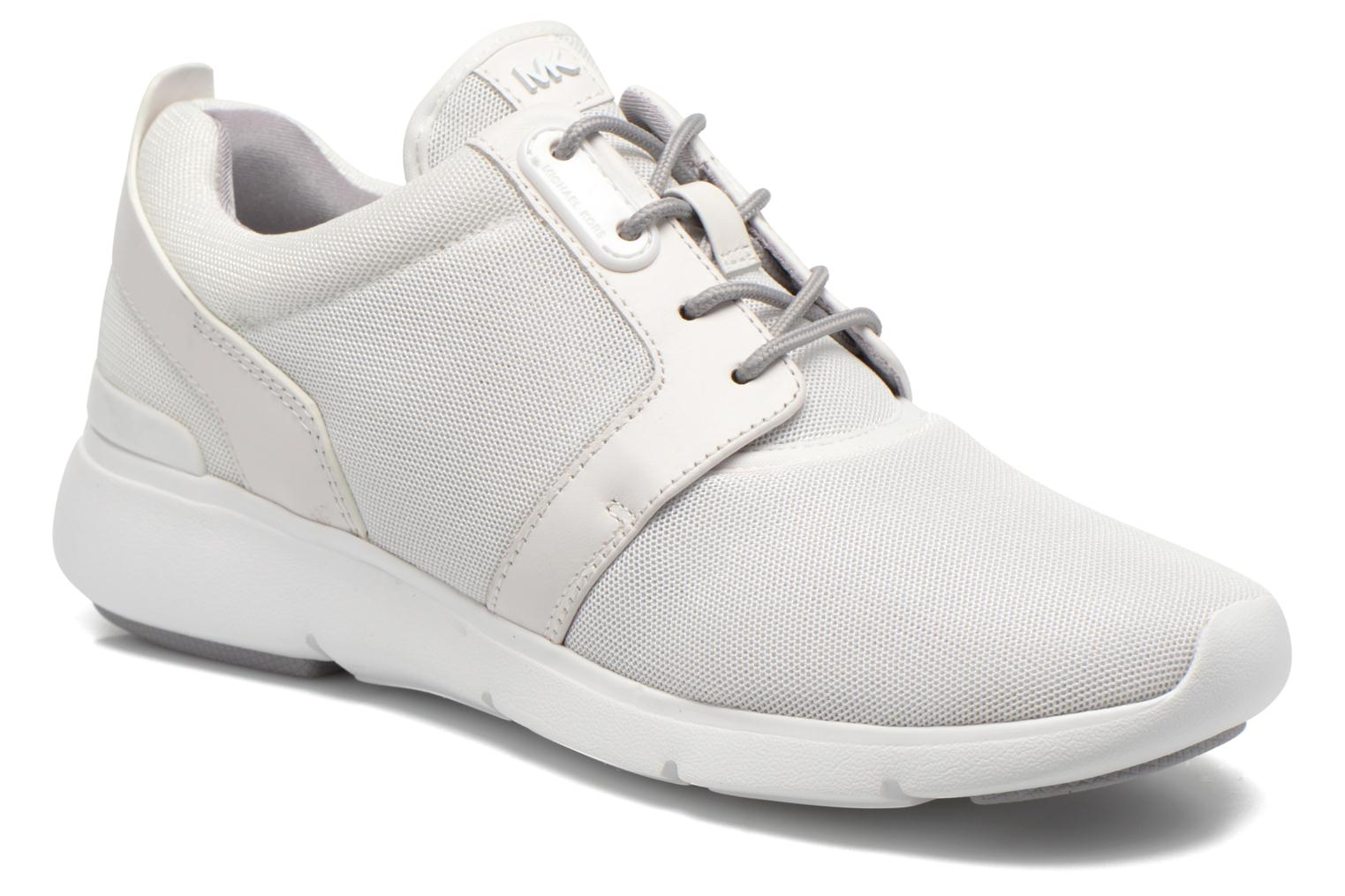 Amanda Trainer optic white 085