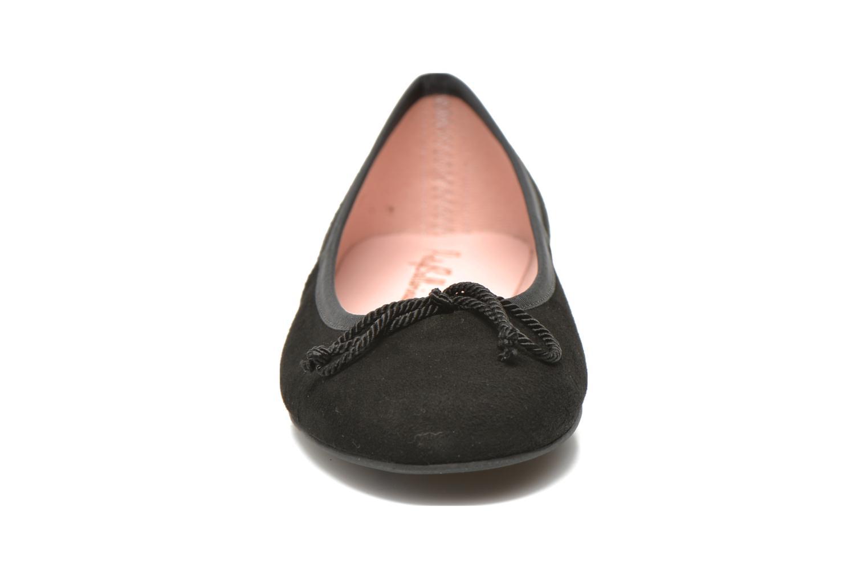 Ballerines Pretty Ballerinas Rosario Noir vue portées chaussures