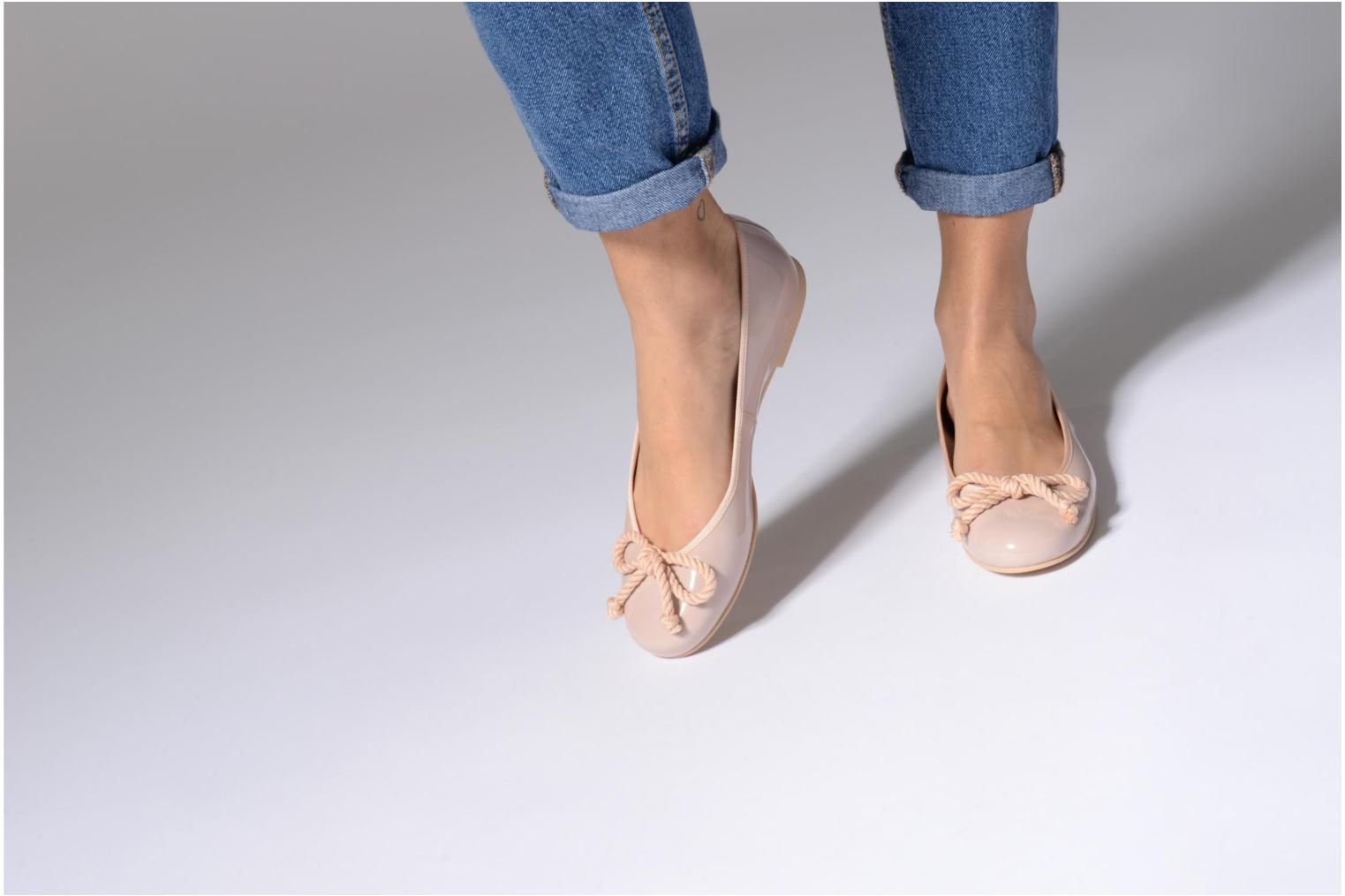 Ballet pumps Pretty Ballerinas Rosario Pink view from underneath / model view