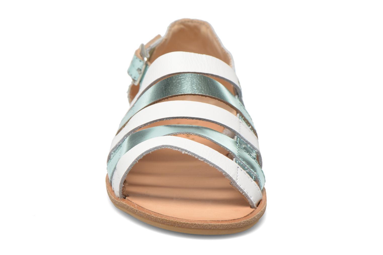 Sandalen Manuela de Juan Irina blau schuhe getragen