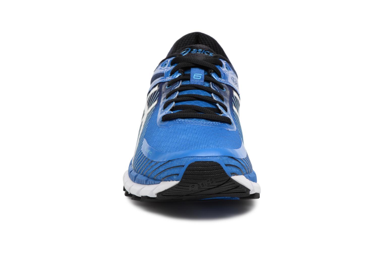 Chaussures de sport Asics Gel-Kinsei 6 Bleu vue portées chaussures