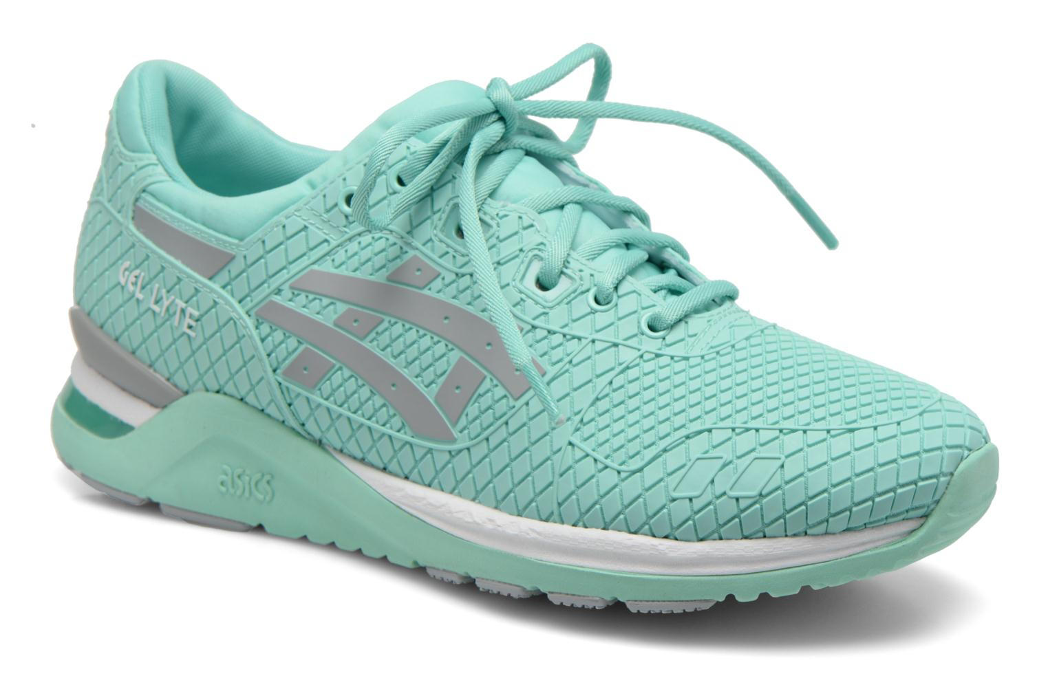 Trainers Asics Gel-Lyte Evo Green detailed view/ Pair view