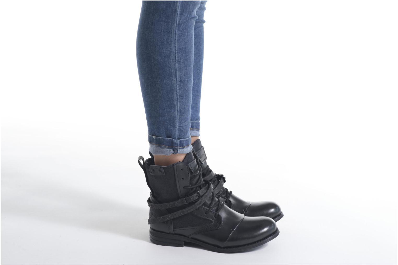 Bottines et boots Bunker Sara Kol Marron vue bas / vue portée sac