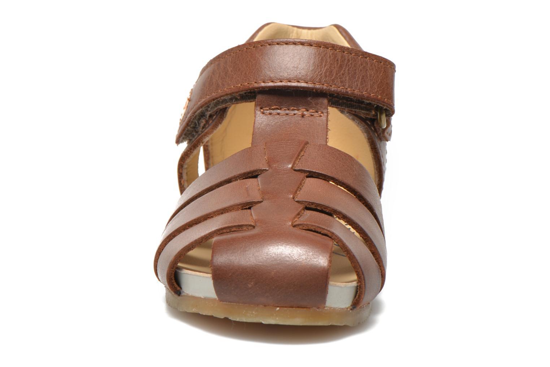 Sandales et nu-pieds Naturino Gabriele 1405 Marron vue portées chaussures