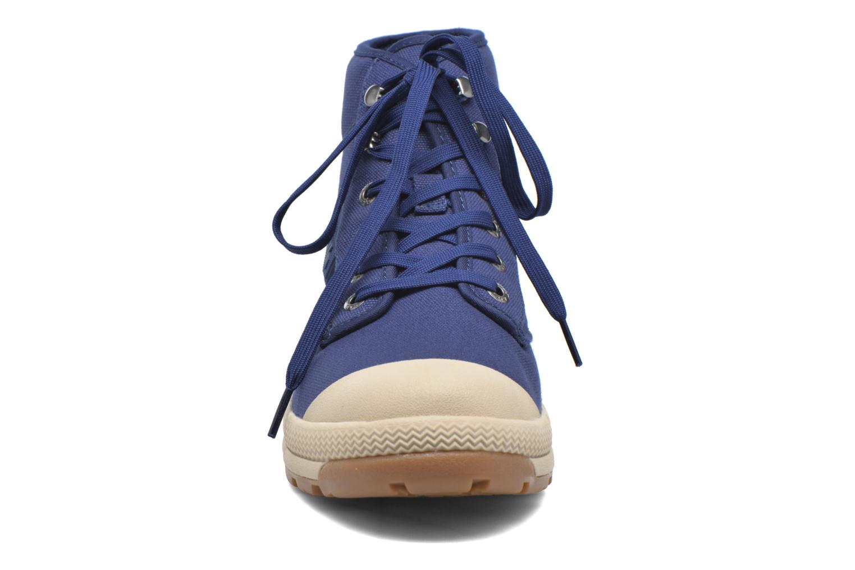 Bottines et boots Aigle Tenere 3 Light Bleu vue portées chaussures