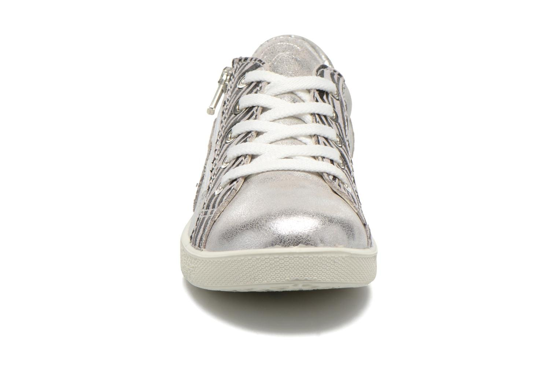 Baskets Primigi Xena Argent vue portées chaussures