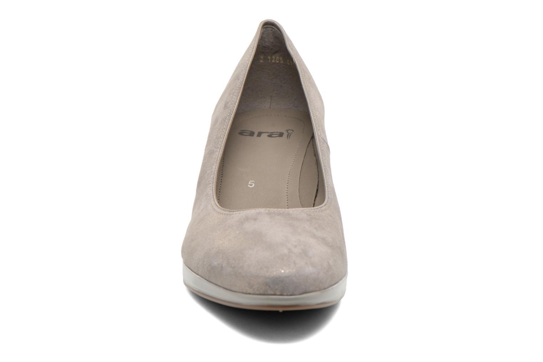 Escarpins Ara Toulouse Pla Or et bronze vue portées chaussures