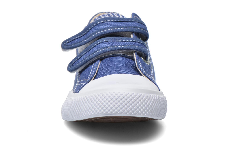 Deportivas Minibel Estival Azul vista del modelo