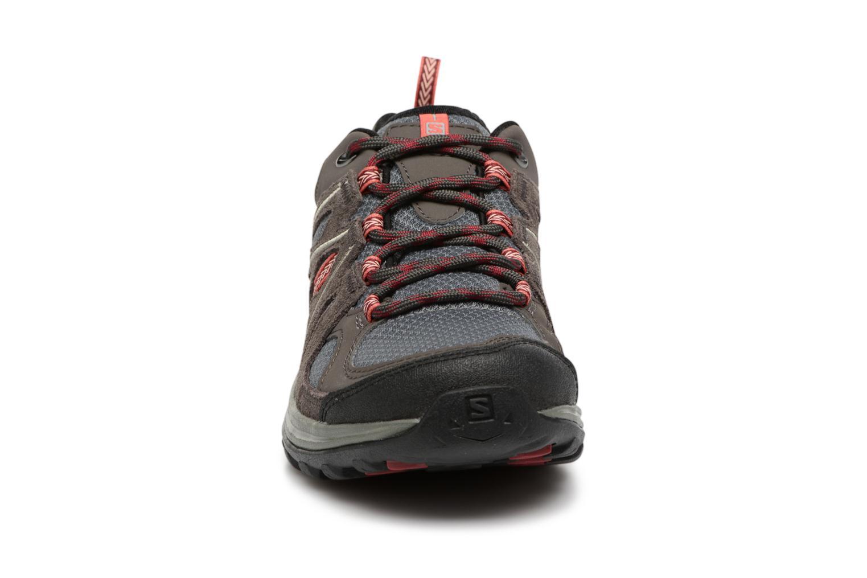 Chaussures de sport Salomon Ellipse 2 Aero W Noir vue portées chaussures