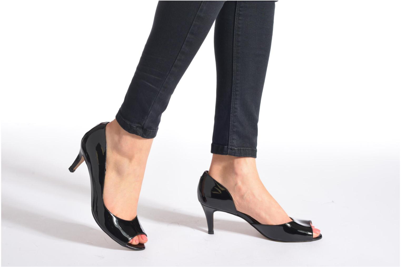 High heels Perlato Bilbao Black view from underneath / model view