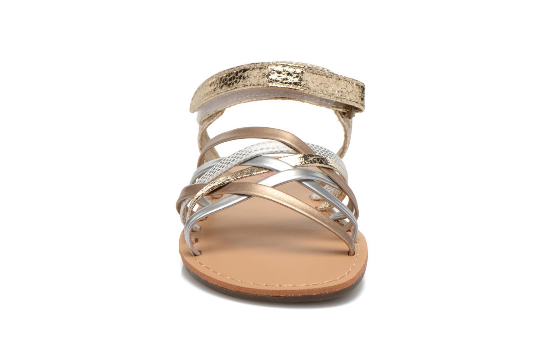 Sandales et nu-pieds NA! Farandol Or et bronze vue portées chaussures