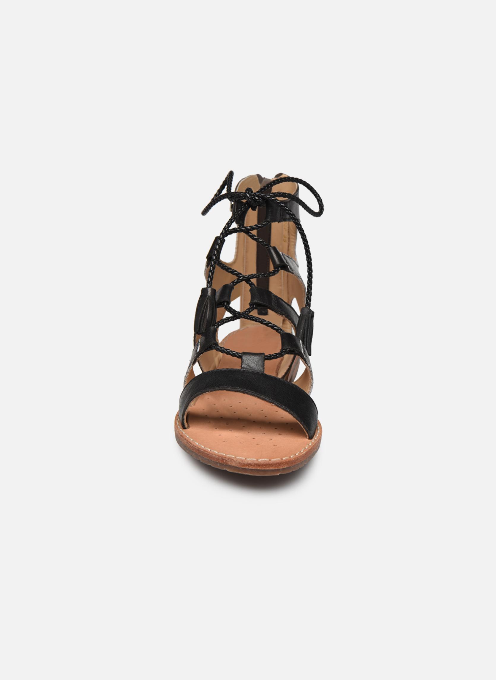 Sandales et nu-pieds Geox D SOZY P D622CP Noir vue portées chaussures