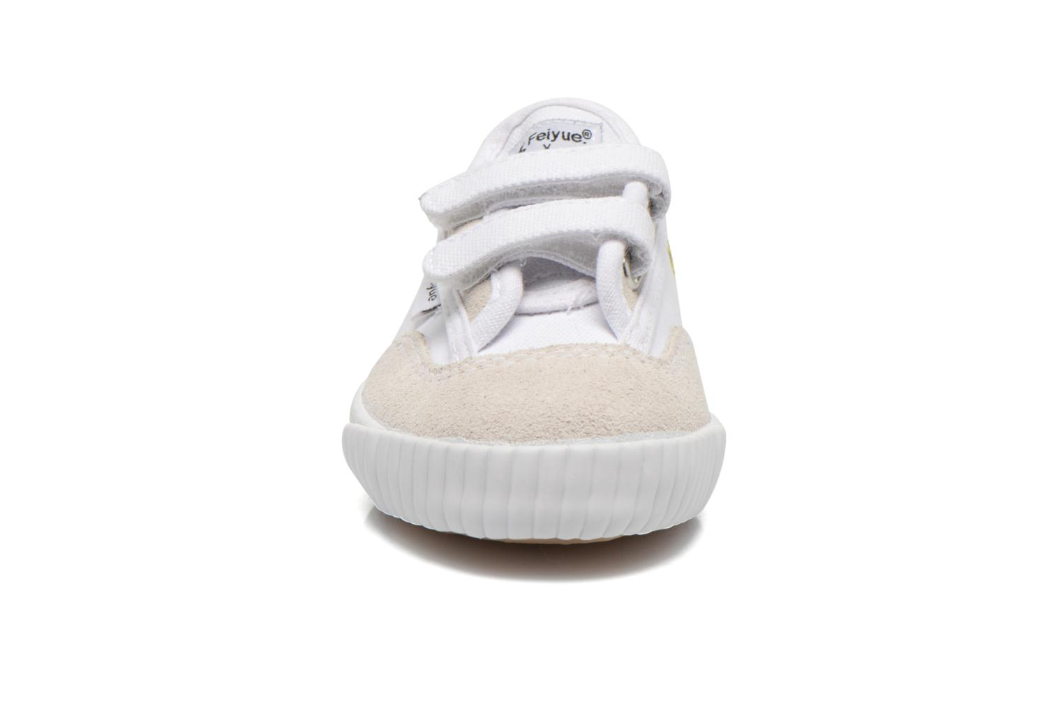 Baskets Feiyue Fe Lo Snoopy Blanc vue portées chaussures
