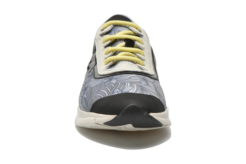 Baskets Geox D SUKIE B D62F2B Multicolore vue portées chaussures