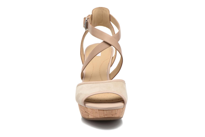 Sandales et nu-pieds Geox D HERITAGE A D62R1A Beige vue portées chaussures