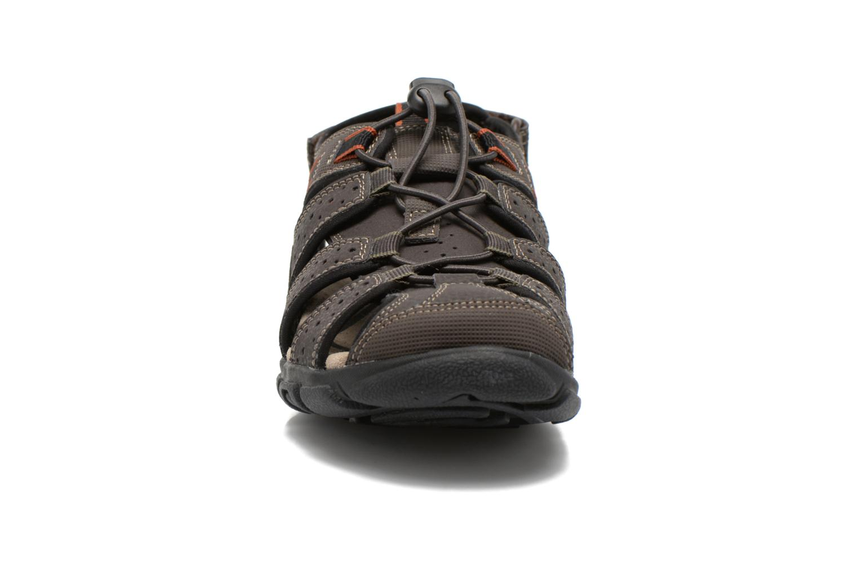 Sandales et nu-pieds Geox U S.STRADA B U6224B Marron vue portées chaussures