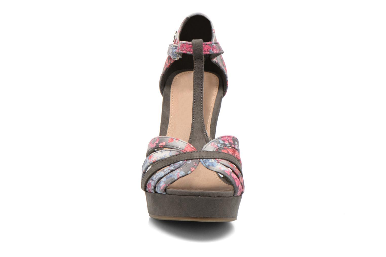 Sandales et nu-pieds Refresh Princesse 61769 Gris vue portées chaussures