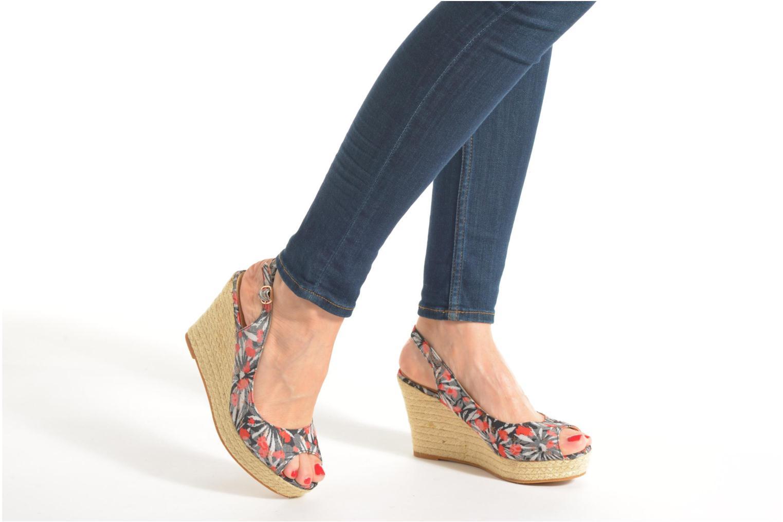 Sandales et nu-pieds Refresh Aurore 62012 Multicolore vue bas / vue portée sac