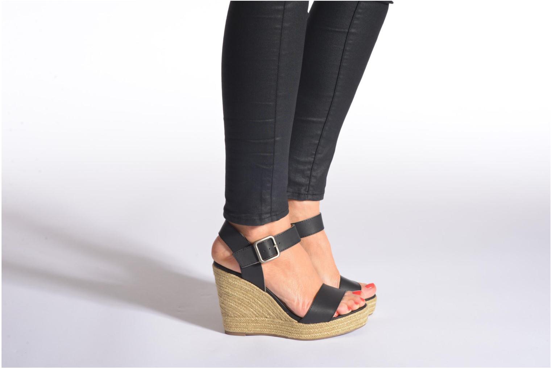 Sandales et nu-pieds Refresh Corail 61772 Noir vue bas / vue portée sac