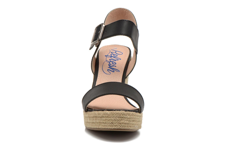Sandales et nu-pieds Refresh Corail 61772 Noir vue portées chaussures