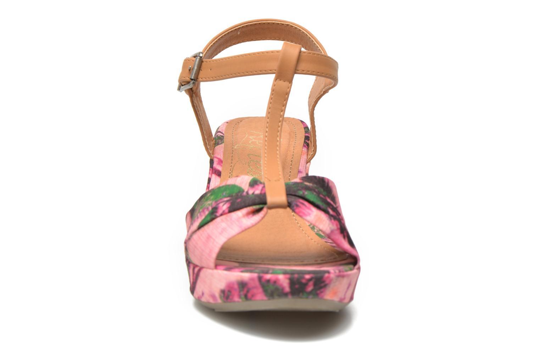 Sandali e scarpe aperte Refresh Blue Moon 62085 Rosa modello indossato