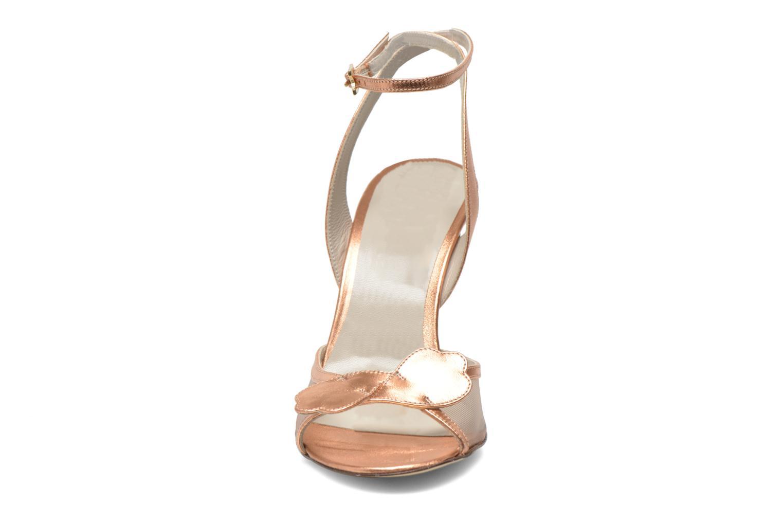 Sandales et nu-pieds Fred Marzo Marguerite Multicolore vue portées chaussures