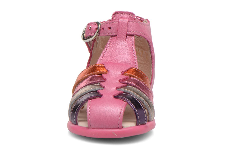 Sandales et nu-pieds Babybotte Guppy1 Rose vue portées chaussures