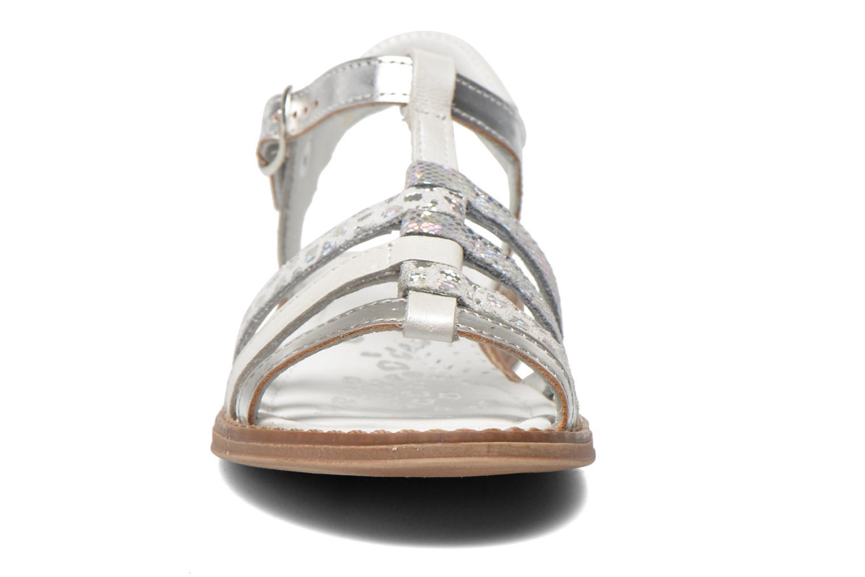 Sandales et nu-pieds Babybotte Kiri1 Blanc vue portées chaussures