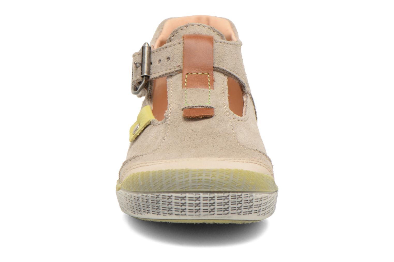 Bottines d'été Babybotte Sonora Beige vue portées chaussures