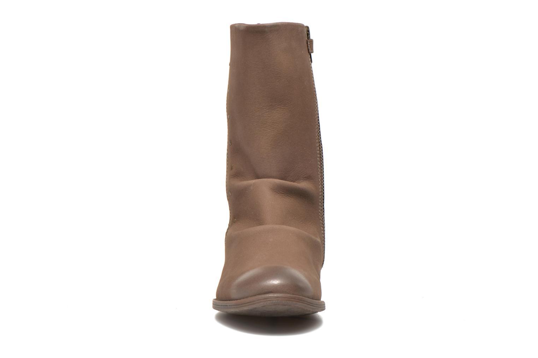 Stiefel Kickers Robin braun schuhe getragen