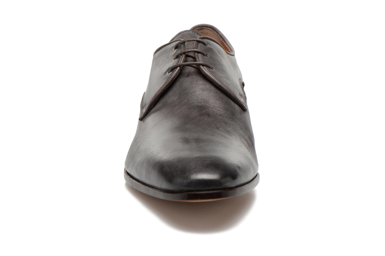 Chaussures à lacets Santoni Moore 12419 Gris vue portées chaussures