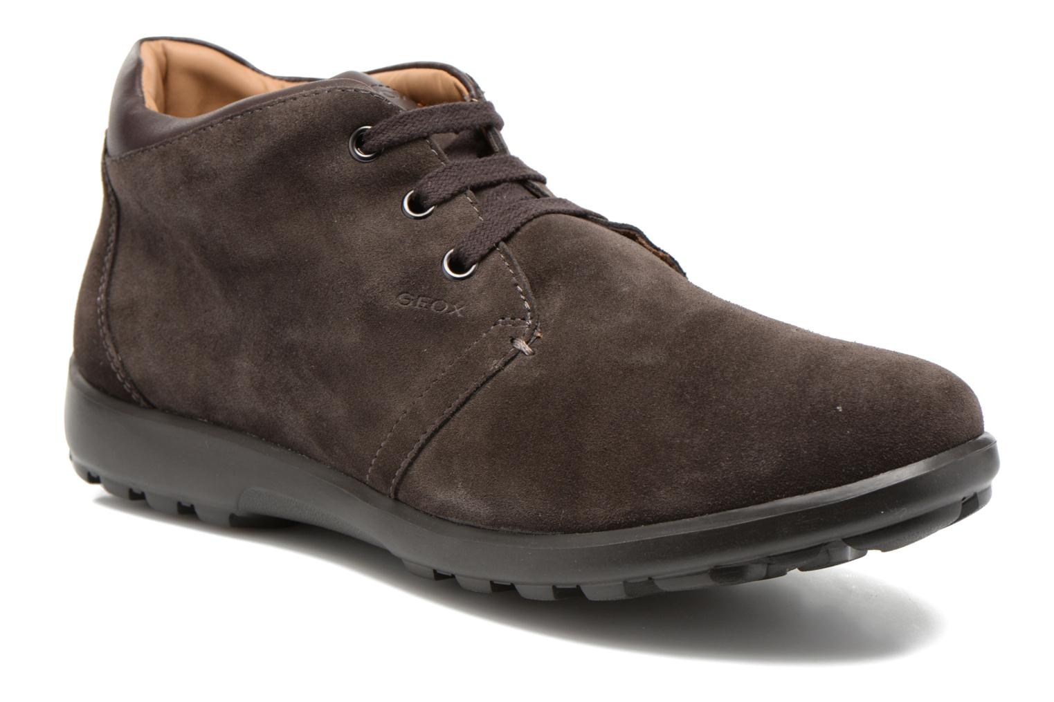 Lace-up shoes Geox U Mantra U44R5B Brown detailed view/ Pair view